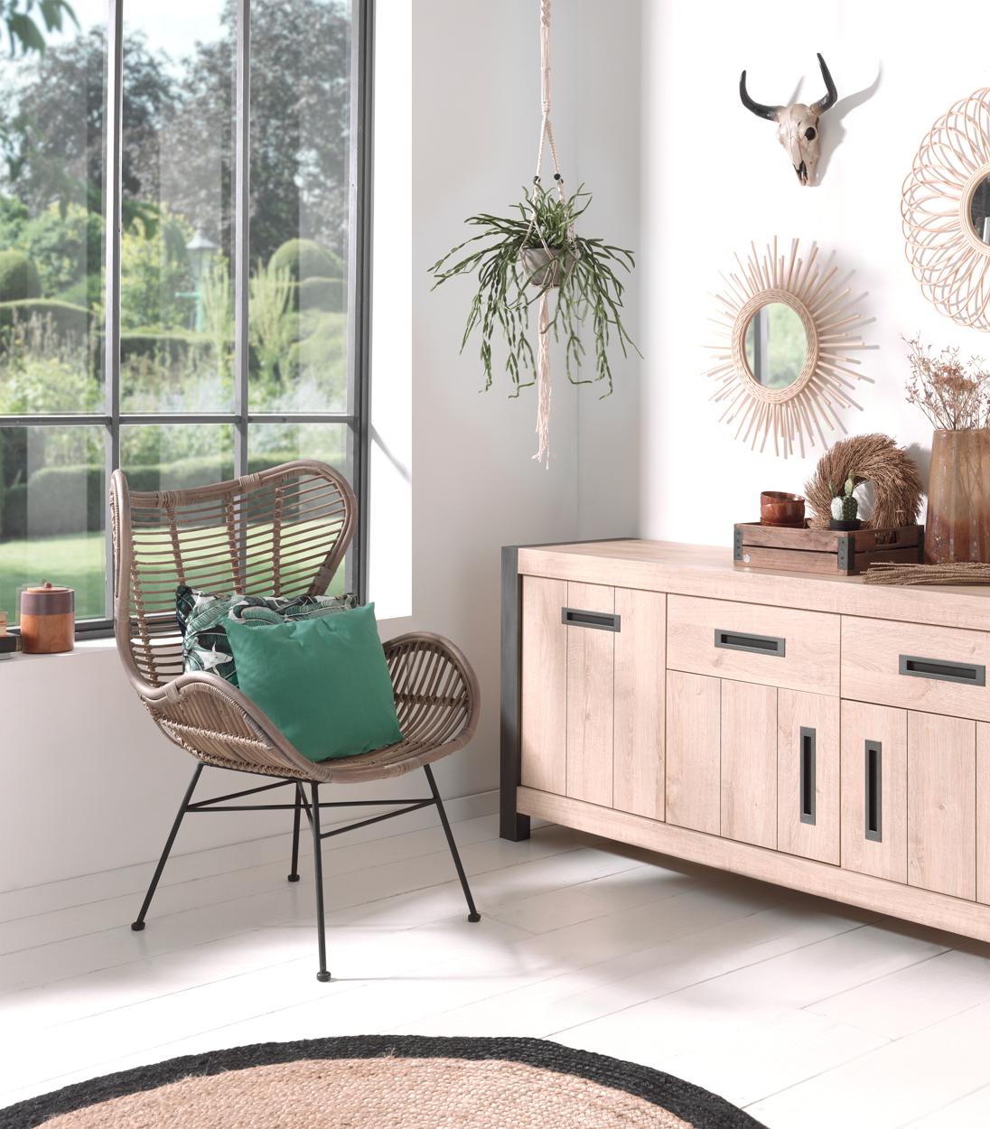 Eetkamer lion hout deba meubelen