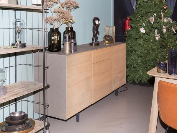 Kast toonzaalmodel: dressoir xena eik fineer hout deba meubelen