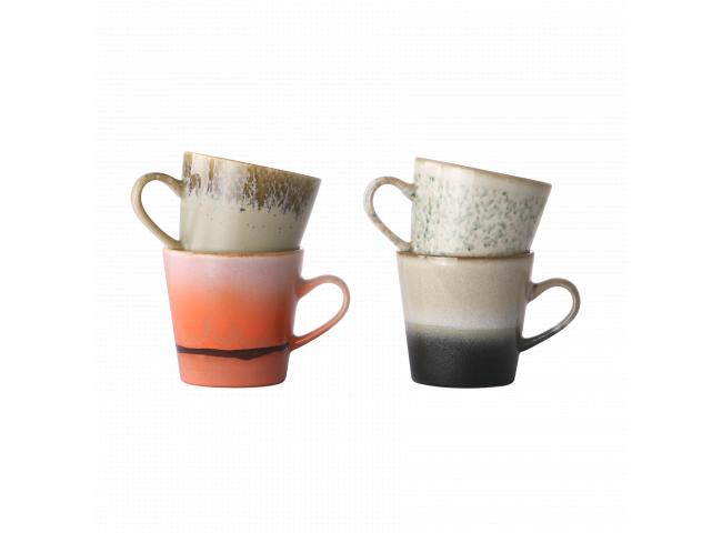 Set van 4 koffietassen 70's